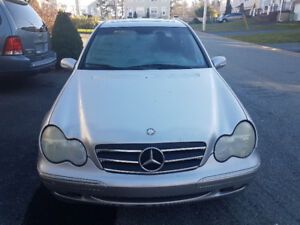Mercedes-Benz C-Class sliver in great shape perfect winter,OBO