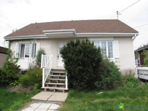 good  house in longueuil 5 bed room