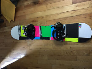 Ride DHK Snowboard 138cm BRAND NEW WITH BINDINGS AND BAG