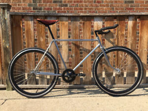 Fixie / Single Speed - Steel Frame Bicycle