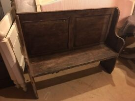 Rustic pine settle / pew