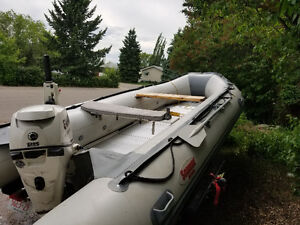 15,5 foot Seamax HD Inflatable Boat + Trailer + 25 HP Evenrude