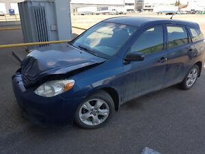 2007 Toyota Matrix Wagon - front end damage