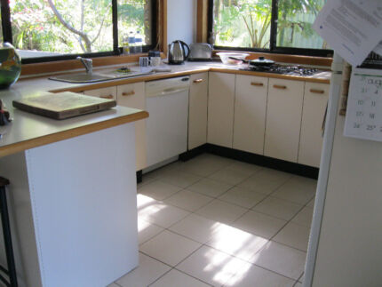 second hand kitchen gumtree australia free local classifieds. Black Bedroom Furniture Sets. Home Design Ideas