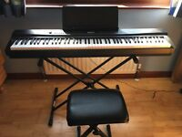 Privia Px-330 Digital Piano (BELFAST) hardly ever played.