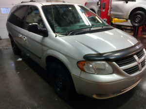 Dodge grand caravan stow'n go 2006