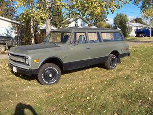 1970 Chevrolet Suburban Wagon