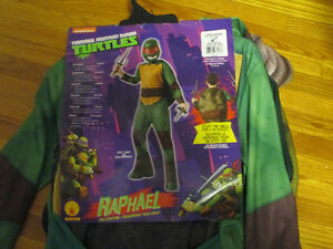 TMNT Raphael for Age 8-10 Size Large