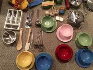 Deluxe High End Pottery Barn Kids Kitchen & PB Accessories London Ontario image 8