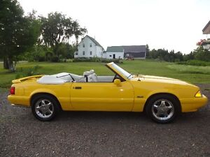 1993 Ford Mustang LX 5.0L Convertible  Special Edition