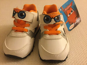 Reebok Disney baby shoes with tag (never used) Kitchener / Waterloo Kitchener Area image 6