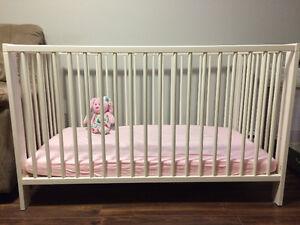 Basinnette blanche - Lit bébé  Ikea modèle Gulliver