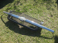 2005 Chevrolet Avalanche grille