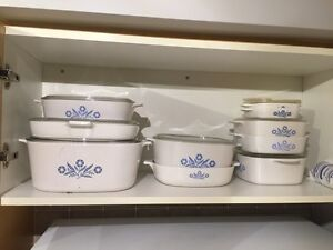 Corning ware set - 25 pieces all together with lids