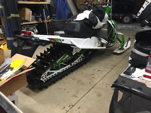 Beautiful sled lots of extras must see