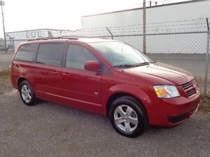 2009 Dodge Grand Caravan SE ~ 71,000kms! ~ Stow & Go ~ $10,999