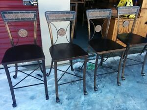 Beautiful Set Of FOUR Pier Imports Bar/Counter Height Stools