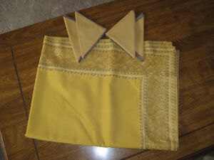 NEW table clothes and runners Prince George British Columbia image 1