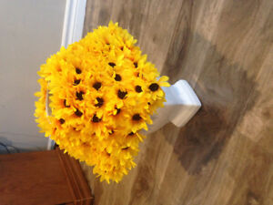 Handcrafted sunflower lamp