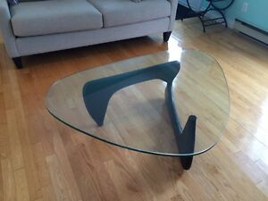 Noguchi accent coffee table