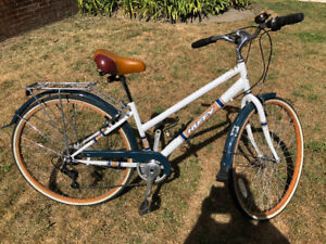 Huffy - woman's Touring Bike - ready to ride