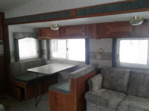 2000 Terry Fifth Wheel Trailer