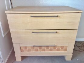 Mfi quality chest of drawers