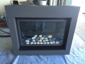Napoleon BGD36 Gas Fireplace.