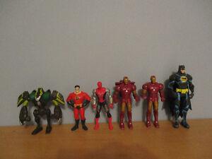 6  Figurines   Au  Choix