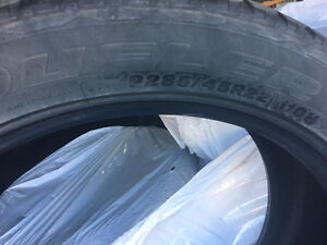 P285 45R22 Dueler - All Season - set of 4 used tires