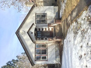 Available Now! Cute Little House Highlands Area