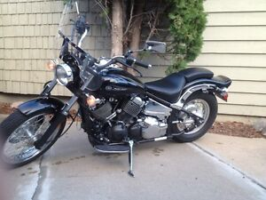 2008 Yamaha V Star 650 CLASSIC with VERY LOW KMS!! MINT!!