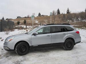 2012 Subaru Outback 2.5i Touring AWD w/ 2 sets of tires/rims