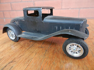 Vintage Metal toy car from 1930s or 1940s