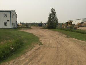 Fenced & Gated yard - 10,000 square feet