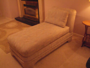 Chaise Lounger, like new $175.00