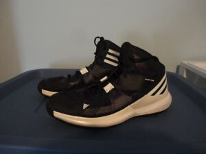Ladies Basketball Shoes