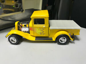 Ford pick up 1934 hot rod diecast 1/18 die cast