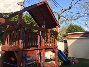 Play house  swing set