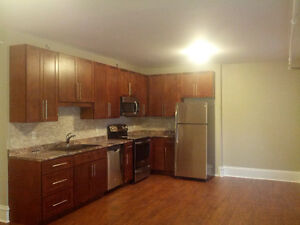 EXTREMELY LARGE 3 BEDROOM