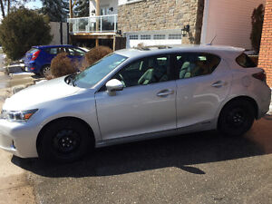 2011 Lexus CT 200h Fully loaded Hatchback