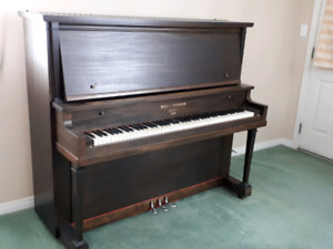 1928 Guelph Bell Piano