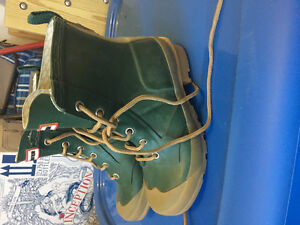 Size 12 boys hunter boots