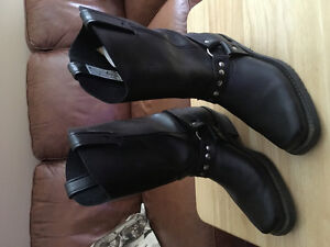 Womens size 7 1/2 Motorcycle Riding Boots