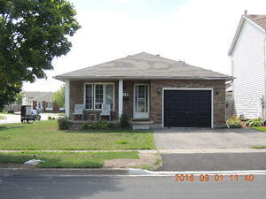 NIAGARA COLLEGE WELLAND STUDENT HOUSE--FOR RENT