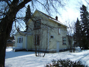 MELFORT SK. HOUSE FOR RENT MARCH 1