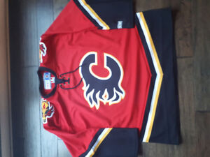 Official NHL Calgary flames jersey