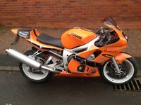 Yamaha R6 Track Bike Road Legal only 11,278 carb 5EB