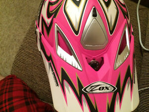 Womens Zox Ltd Ed. Pink Helmet with Pink Fox Goggles Brand New X Cambridge Kitchener Area image 4