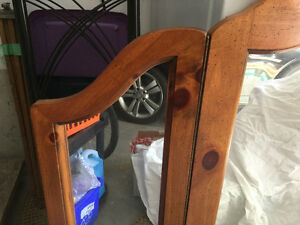 Tri-fold wooden-framed Mirror Cambridge Kitchener Area image 2